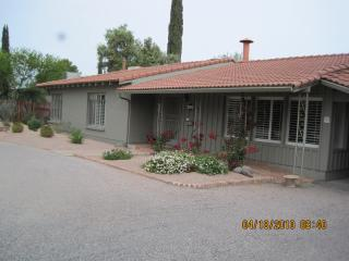 Charming 3-bedroom house, Tucson