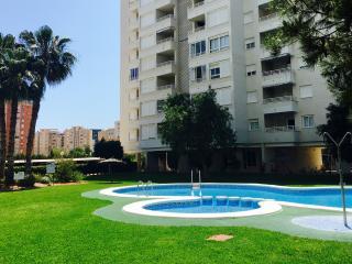 Apartamento de lujo ............ Sol y Playa, Alicante