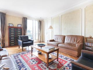 onefinestay - Rue des Martyrs III private home, Paris
