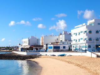 Amazing location in a cozy flat, Corralejo