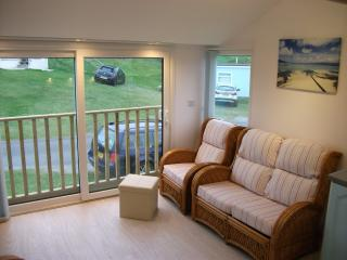 Two bedroom self-catering chalet close to beach, Hayle