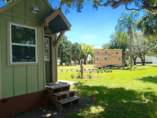 Lakeview Tiny Home by Legoland/Disney w/ boats!