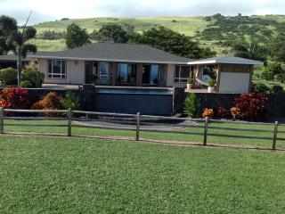 Kaunamano Vacation Rental  private home & pool, Naalehu