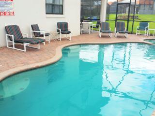 Spacious 5 BR 4 BA Pool /Spa Home Close to Disney