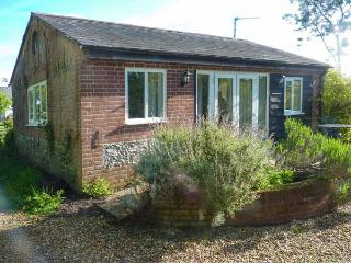 ORCHARD HOUSE COTTAGE, pet friendly, character holiday cottage, with open fire