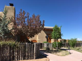 Spectacular Bishop's Lodge Villa 5 Mins. fr. Plaza, Santa Fe