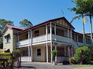The Village B&B, Mudgeeraba