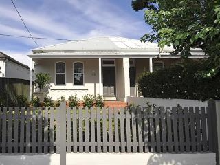 HAYBY -Newly Renovated 2 Bedroom Home, Crows Nest
