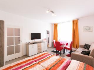 LUNA - Schöne Wohnung in guter Lage, Viena