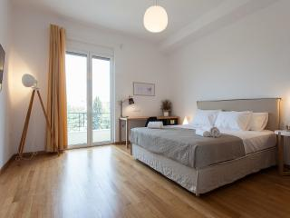NakosHomes-Acropolis Apartment,Central Athens