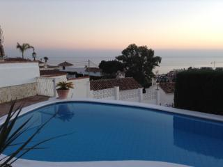 Offer Junee! 3 bed villa, Spect open Sea view ! Priv pool. One level.Free Wi Fi!