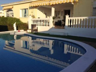 3 bed villa, Spectactacular open Sea view ! Priv pool. One level.Free Wi Fi