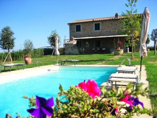 Beautiful Villa with Pool 10 Minutes from Cortona