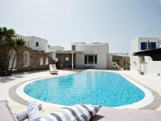 Villa in Ftelia, Mykonos …