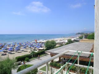 Appartamento bi-lo in 1a fila in centro vista mare, Castiglione Della Pescaia
