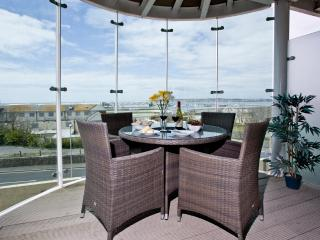 65 Ocean Views located in Portland, Dorset