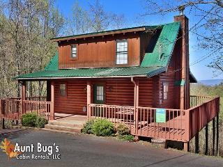 2bedroom Pet Friendly Mountain View Cabin between Gatlinburg & Pigeon Forge