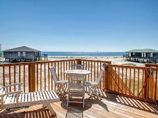 """Chill Out"" 4 Bedrooms / 2.5 Bath, Sleeps 10, Great View, Pet-Friendly., Dauphin Island"