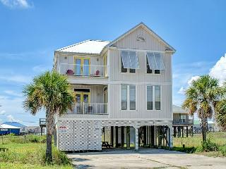 """Seahorse"" 4 Bedroom, 2.5 Bathroom, Sleeps 10! Great Deck Views, Huge Master!, Dauphin Island"