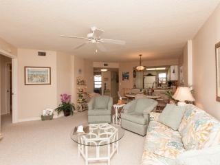 We offer all our Guests a very Clean and Comfortable Condo