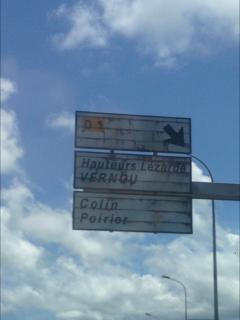 Panneau indication