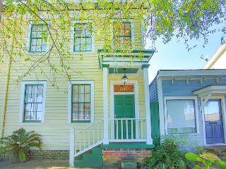 Stay Local in Savannah: Feel at home in this stately 2 bedroom row house
