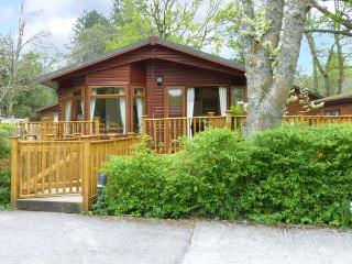 8 WATERSIDE WOOD, lakeside location, large decked area, on-site facilities
