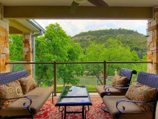 Fabulous 2 bedroom 2 bath condo right on the Guadalupe River!