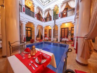 Dining in the Atrium