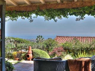 180-Degree Views & a Backyard Paradise in Santa Barbara