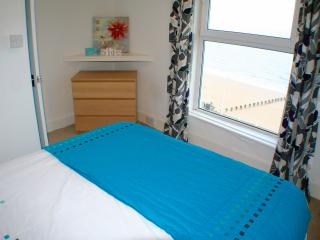 3 Bedroom Sea View Apartment, Bridlington Farina