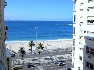 Elegant 2 Bedroom Oceanview Luxury Apartment, Rio de Janeiro