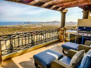 Panoramic Cabo San Lucas View- 2 Bedroom Pennthouse Condo
