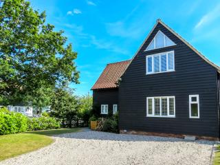 Meare House - Stunning Property overlooking Thorpeness Meare