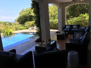 Luxurious private house with ocean views, Playa Conchal