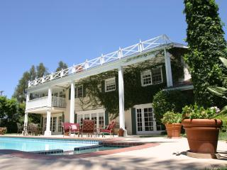 Malibu Estate- Pool, Tennis Court -Prime Location