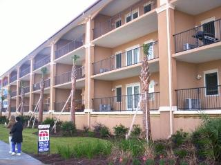 Spacious New Brass Rail Condo W Ocean View, Tybee Island