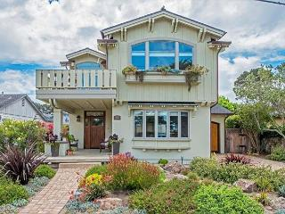 3724 Sea Glass Sanctuary - Bay Views, Walk to Recreation Trail, Pacific Grove