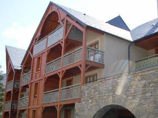 Traditional apartment just 300 m. from the thermal baths