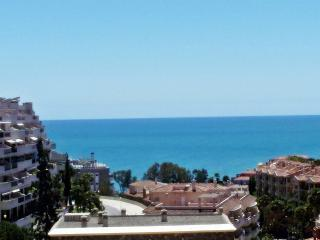 BENALMADENA COAST 2 B. APT. WITH SEA VIEWS., Benalmadena