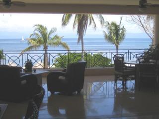 3500 Sqft Oceanfront Condo within Punta Mita gates, Punta de Mita