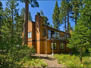 Sugar Pine Park Tahoe Retreat, Tahoma