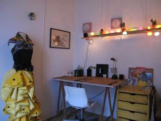 Alquilo Habitación doble muy luminosa en el Borne, Barcelone