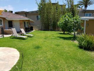Big Ocean View Yard is fenced. Safe & perfect for children, pets, and relaxation