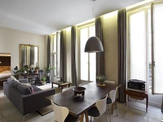 Saint-Jacques apartment in 05ème - Quartier Latin…