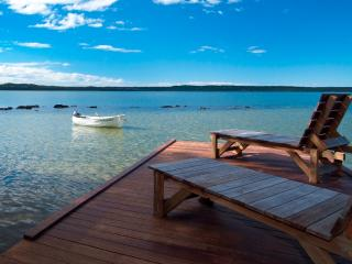 Noosa Lake Retreat Cottages, Doonan