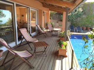 Villa con piscina privada, vistas al mar, Bégur