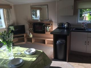 3 Bed Holiday Home at Haven's, Poole - Sleeps 8!!!