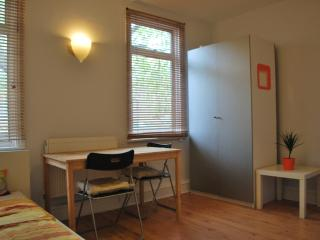 Splendid STUDIO just few yards from King Cross STA