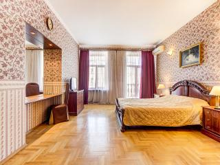 SutkiPeterburg Executive Apartment with Balcony, San Petersburgo